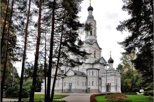 Церковь Казанской иконы Божией Матери.jpg
