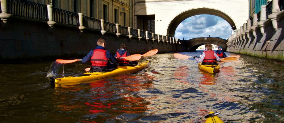 Un tour unique en kayak - Saint Pétersbourg